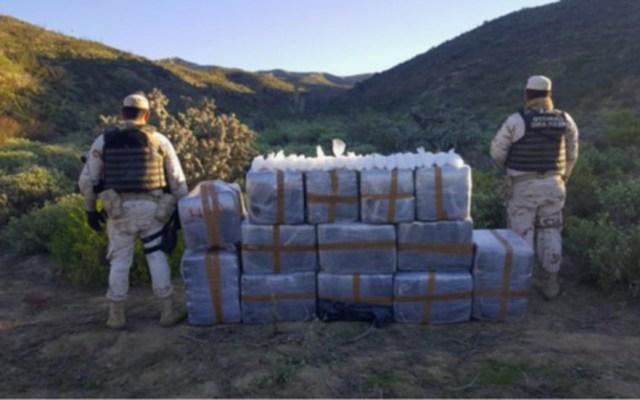 Aseguran 2 mdp en Baja California de mariguana y crystal - Aseguramiento de mariguana y crystal en Baja California. Foto de Sedena