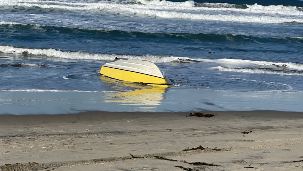 Cruce de migrantes por mar en California deja una persona muerta - Foto de @USBPChiefSDC
