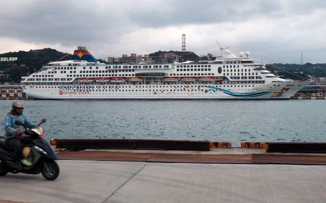 Hay 135 casos diagnosticados de Covid-19 en el crucero Diamond Princess - Foto de EFE