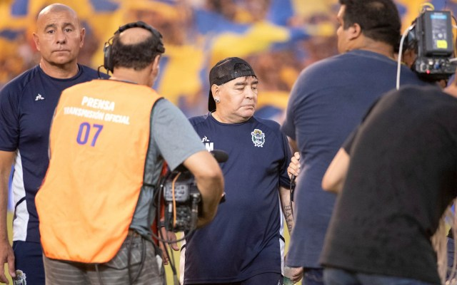 #Video Lo que ingirió Maradona durante un partido del Gimnasia y Esgrima - Diego Armando Maradona partido Gimnasia y Esgrima