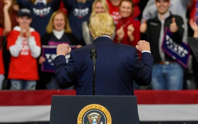 Ciclo electoral de Estados Unidos arranca el lunes en Iowa - Donald Trump en mitin. Foto de EFE