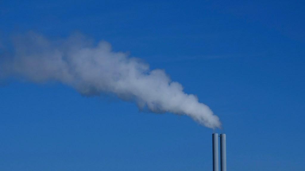 Catalizador convierte residuos de CO2 en productos químicos - Emisión de CO2. Foto de Ria Puskas / Unsplash