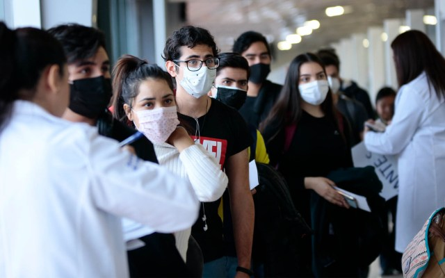 Suman 31 estudiantes que regresan a Jalisco de China - Estudiantes China regreso México Guadalajara