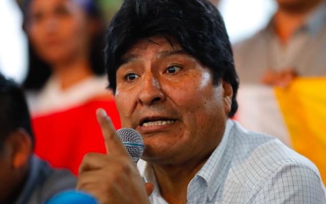 Fiscalía de Bolivia acusa de terrorismo a Evo Morales y pide su detención - Abogados de Evo Morales afirman que cumple con los requisitos para ser senador
