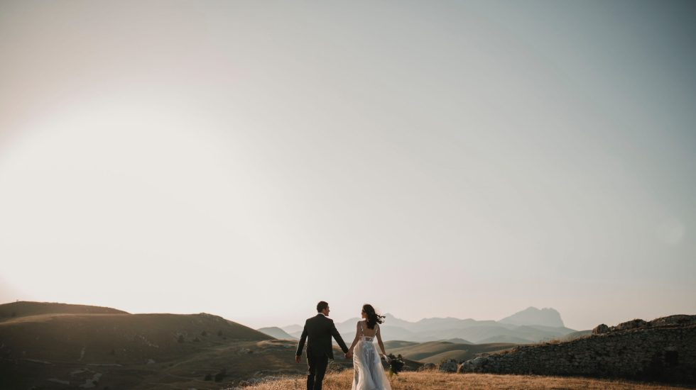 Un 5,6 % de los matrimonios mexicanos en 2019 nacieron en web o app de citas - Photo by Foto Pettine on Unsplash