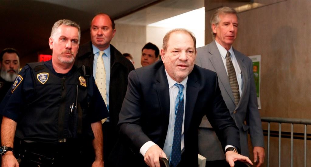 Autoridades penitenciarias toman medidas especiales para evitar que Harvey Weinstein se autolesione - Autoridades penitenciarias toman medidas especiales para evitar que Harvey Weinstein se autolesione