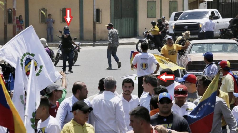Guaidó dice que intentaron asesinarlo y responsabiliza a Nicolás Maduro - Foto de @APjoshgoodman