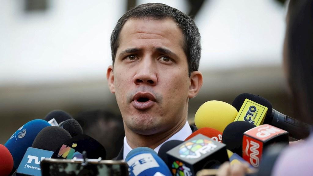 Cabello asegura que tío de Guaidó fue detenido por trasladar explosivos en avión - Juan Guaidó Venezuela líder opositor