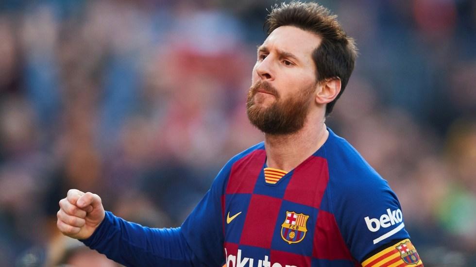Barcelona pide a Messi que se retire en el club azulgrana - El delantero argentino Lionel Messi del Barcelona celebra el segundo de sus goles en el partido ante el Eibar, correspondiente a la jornada 25 de LaLiga Santander. Foto de EFE/Alejandro García.
