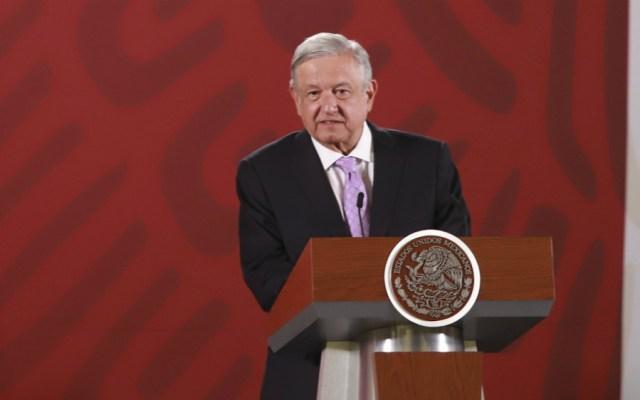 Crítica AMLO silencio ante el saqueo de empresas españolas en México - Foto de Notimex
