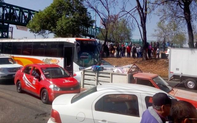 Transportistas liberan accesos a la Ciudad de México - Manifestantes cierran ambos sentidos de la México-Querétaro a la altura de Tepotzotlán