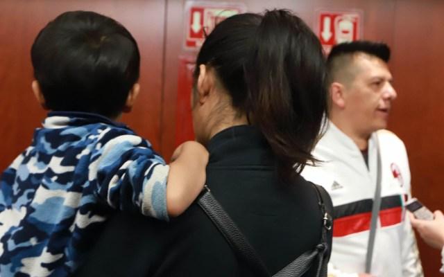Senadores no quieren hablar, denuncian padres de niños con cáncer - Padres Niños con cáncer Senado México