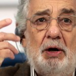 """Plácido Domingo asume su responsabilidad por acoso """"probado"""", según una investigación"""