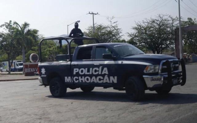 Albañiles hallan en Uruapan fosa clandestina con 11 cadáveres - Policía de Michoacán. Foto de @SeguridadPublicaMich
