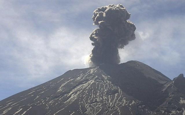 Se registraron tres explosiones en el Popocatépetl - Foto de Webcams de México