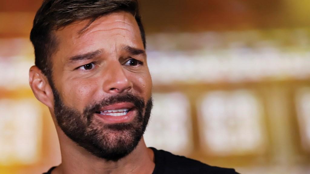 Es una locura que Trump no pida a personas usar cubrebocas: Ricky Martin - Ricky Martin