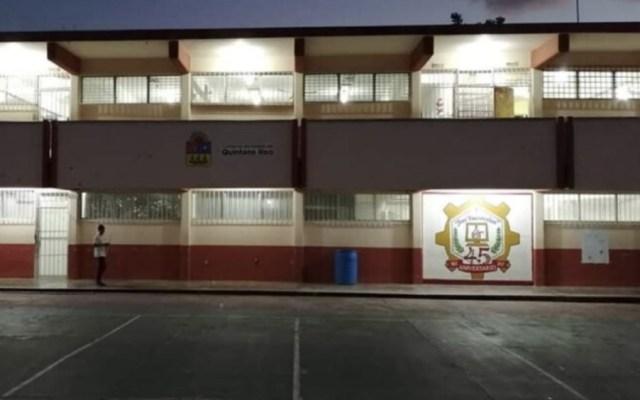 En Cozumel, autoridades hallan cartucho a estudiante de secundaria - Foto de Noticaribe