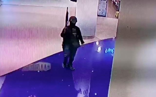 Suman 20 muertos por tiroteo en centro comercial de Tailandia - Foto de ViralPress