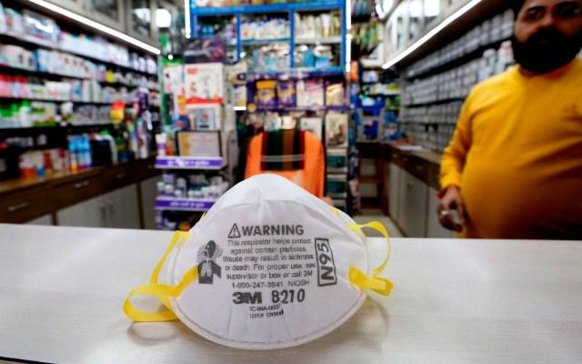 Honduras aísla a nueve personas de China, Francia y Corea del Sur por coronavirus - Venta de mascarillas para evitar el contagio del coronavirus. Foto de EFE