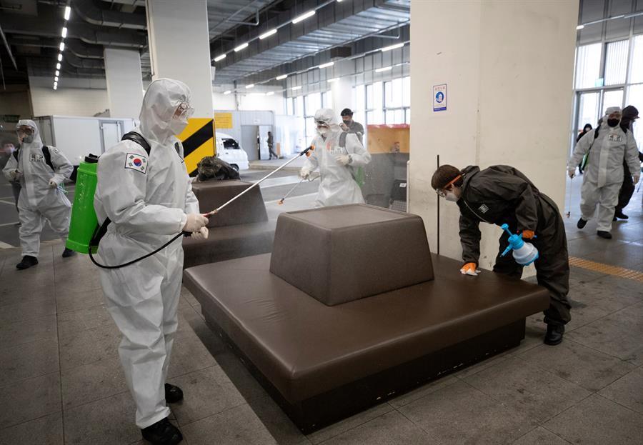Corea del Sur registra caída de nuevos contagios por cuarto día consecutivo - Foto de EFE.