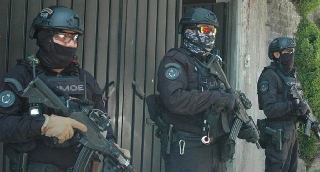 Abaten durante cateo a domicilio a 'El Guerrero', presunto líder criminal en Xochimilco - Elementos de la SSC de la CDMX abatieron a tres personas, entre ellos el presunto líder de un grupo delictivo, al repeler un ataque a balazos durante cateo