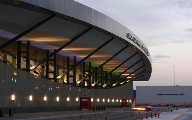 Aeropuerto de Monterrey reanuda operaciones tras suspensión por niebla - Luego de la dispersión de los bancos de niebla, el Aeropuerto Internacional de Monterrey reanudó sus operaciones a las 9:30 h