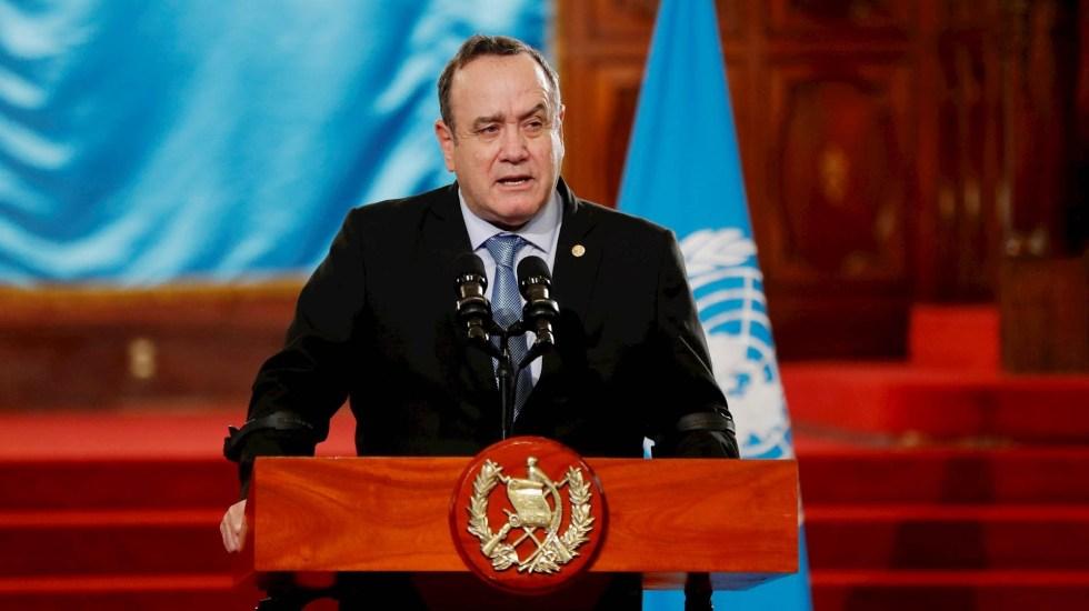 Guatemala prohíbe el ingreso a ciudadanos de EE.UU. y Canadá por COVID-19 - Alejandro Giammattei Guatemala