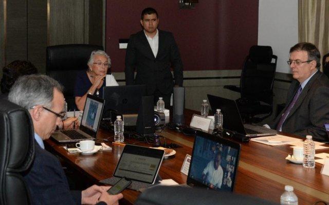 Sánchez Cordero y Ebrard sostienen reunión virtual con gobernadores sobre COVID-19 - Conferencia virtual entre Segob, SRE y Ssa con gobernadores. Foto de @M_OlgaSCordero