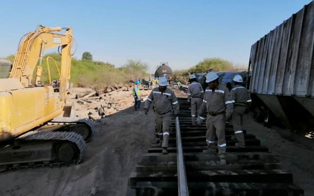 Continúan trabajos tras descarrilamiento de tren en Tlacotepec, Puebla - Continúan trabajos tras descarrilamiento de tren en Tlacotepec, Puebla