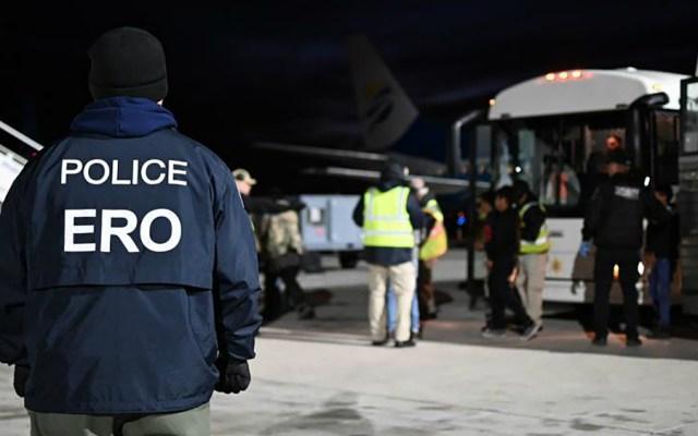 Estados Unidos seguirá deportando a migrantes irregulares pese a COVID-19 - Foto de CBP