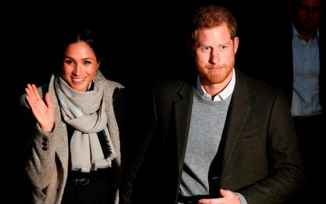 Harry y Meghan dejan la monarquía en plena lucha contra el COVID-19 - Enrique y Meghan coronavirus COVID-19