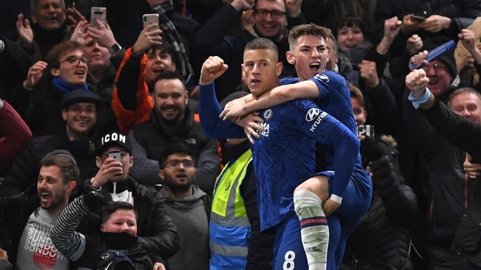 Chelsea propina nueva derrota al Liverpool y lo elimina de FA Cup - Festejo del Chelsea ante Liverpool. Foto de EFE