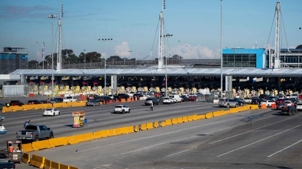 Se extenderán restricciones de tránsito terrestre entre México y Estados Unidos otro mes por pandemia - frontera