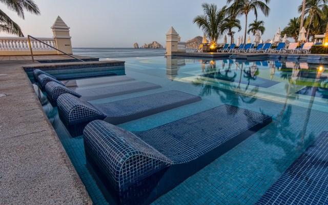 Gobernador de Baja California Sur pide a turistas no visitar el estado por COVID-19 - Hotel en Cabo San Lucas, Baja California Sur.