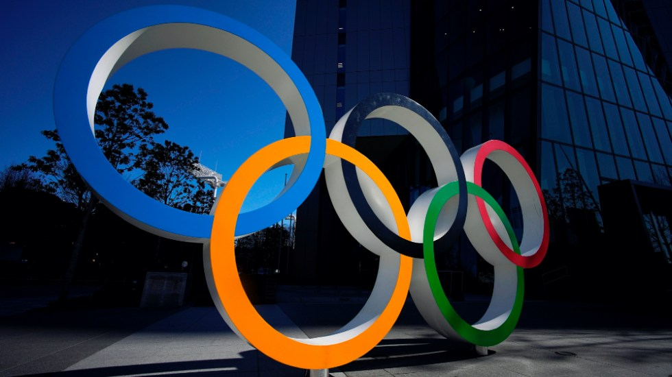 Estamos listos para ofrecer unos Juegos Olímpicos seguros en cualquier circunstancia: COI - Aros olímpicos. Foto de EFE