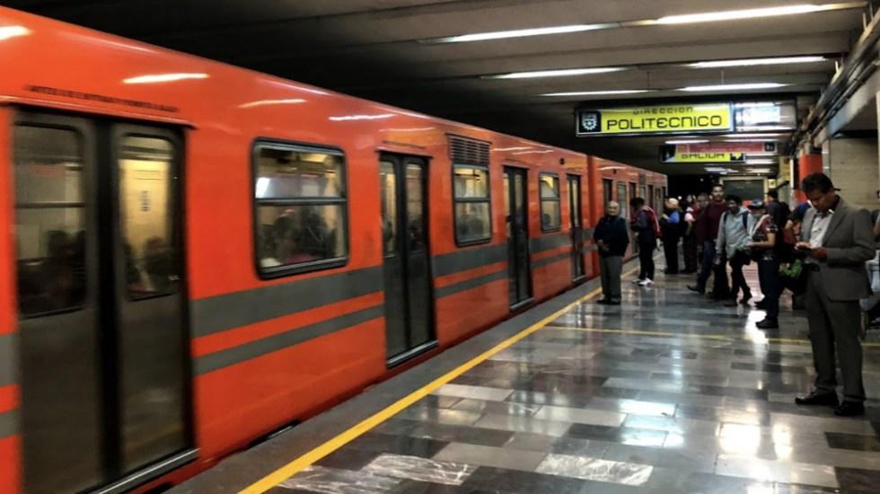 Mantienen cierre en tres estaciones de la Línea 5 del Metro por fuga en gasolinera - Foto de Google Maps