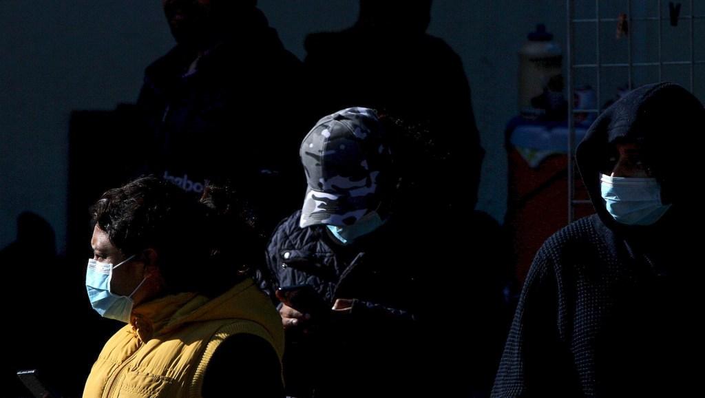 Se mantiene en siete el número de casos confirmados de COVID-19 en México - Personal y pacientes del Instituto Nacional de Enfermedades Respiratorias extreman precauciones tras la confirmación oficial del primer caso de coronavirus atendido en este Instituto. Foto de Notimex- Ernesto Alvarez.
