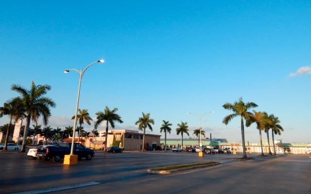 Miami inicia toque de queda ante COVID-19 - Foto de EFE