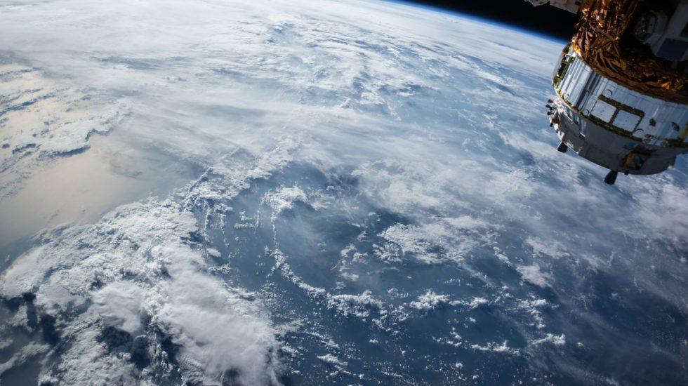 Astronautas dicen que el confinamiento hay que vivirlo como una misión - Photo by NASA on Unsplash