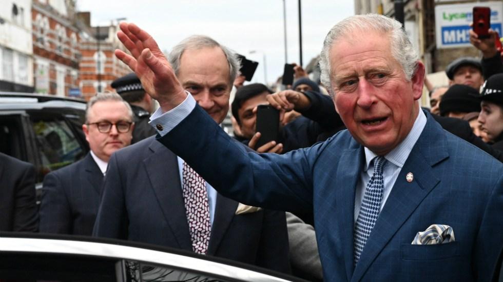 Príncipe Carlos da positivo a COVID-19 - Foto de EFE