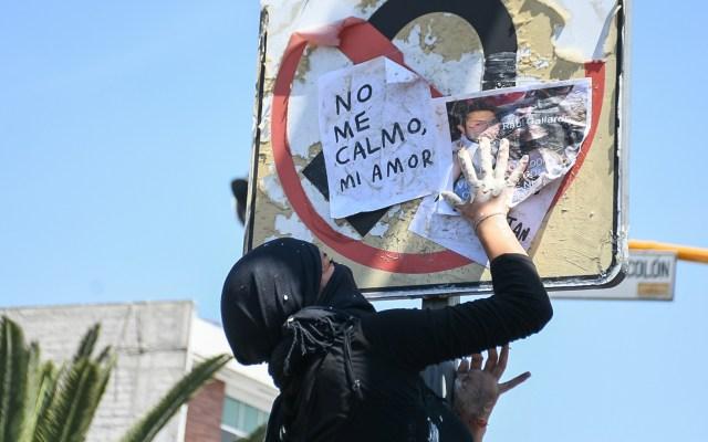 """Lucha contra la violencia de género """"es una batalla de todos los días"""", indica Alfonso Durazo - Protesta contra la violencia de género en Neza. Foto de Notimex"""