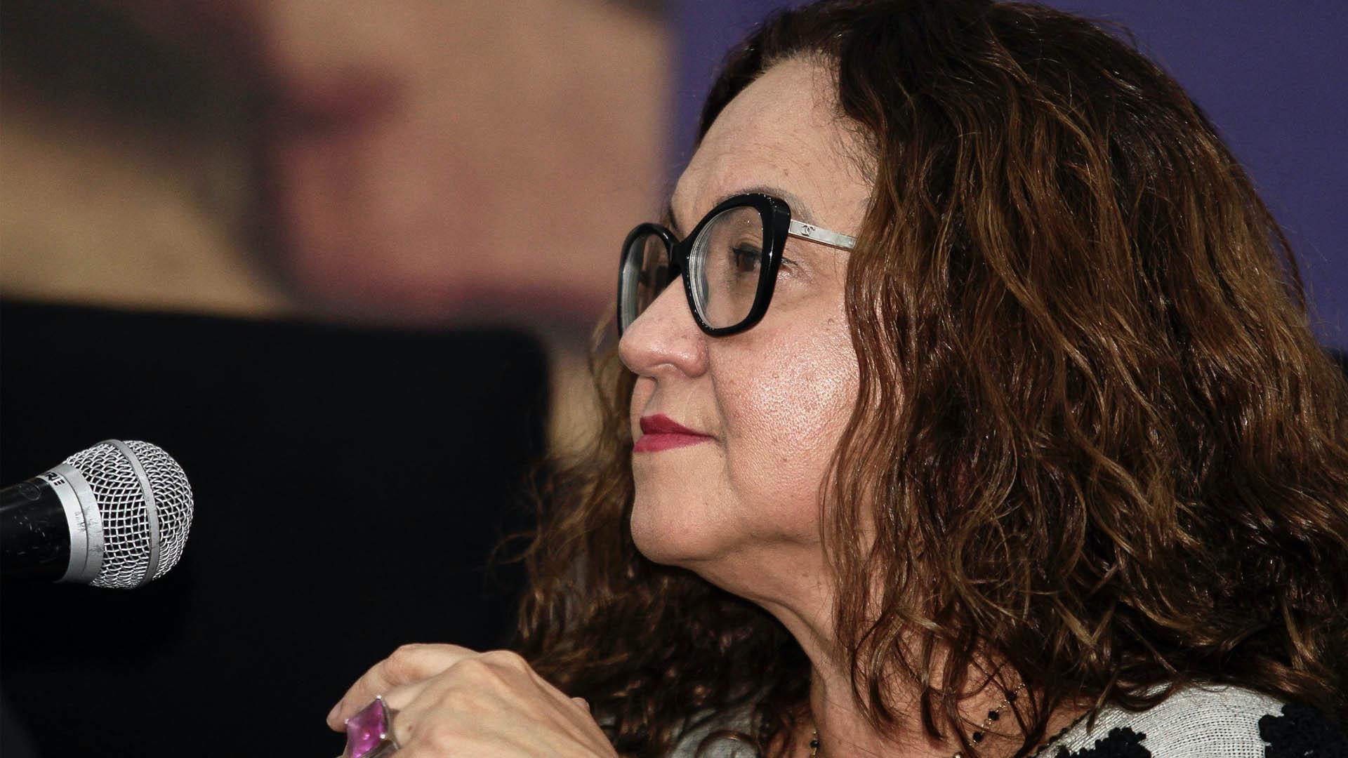 Acusa EU a Sanjuana Martínez de censurar a periodistas