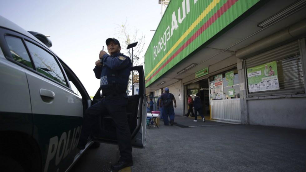 Van 80 detenidos por saqueos en tiendas de la Ciudad de México, afirma García Harfuch - Foto de Notimex