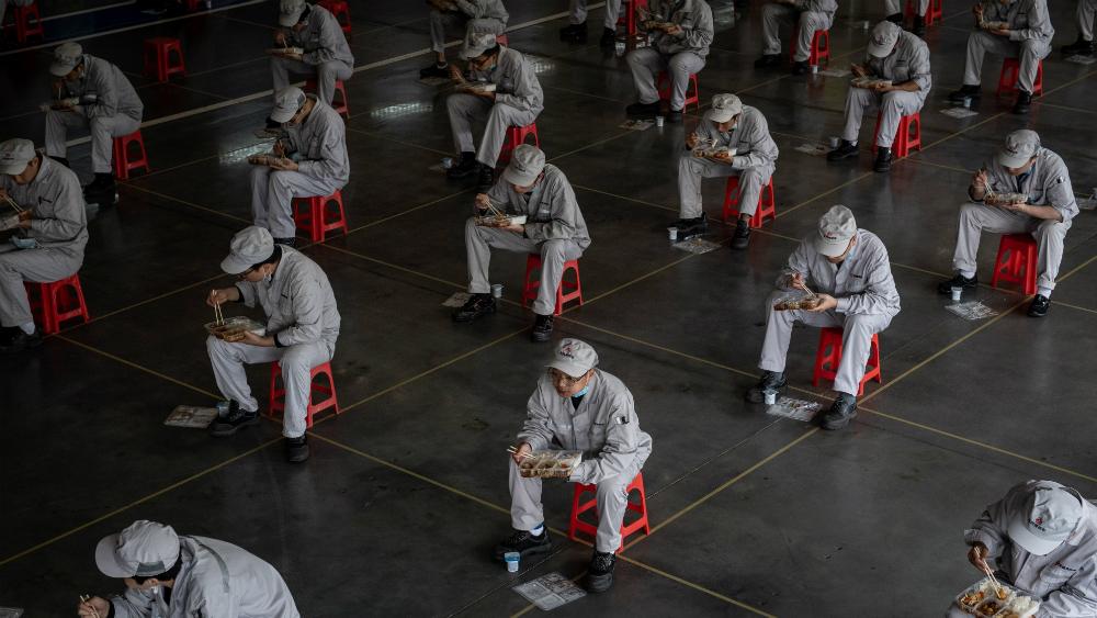 Wuhan avanza hacia la normalidad tras COVID-19 - Foto de EFE
