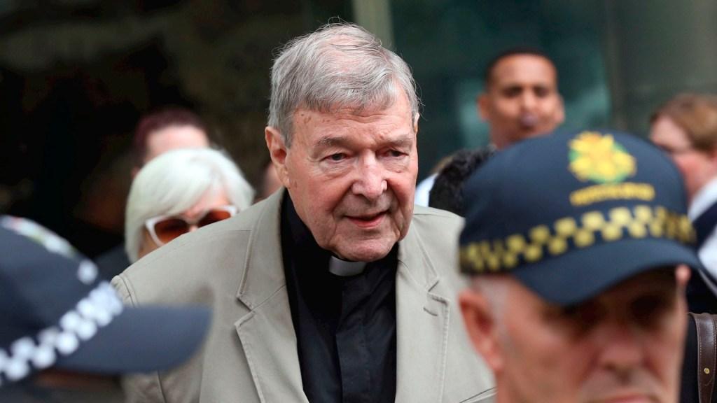 Cardenal Pell conocía casos de pederastia, afirma la Comisión Real australiana - cardenal George Pell