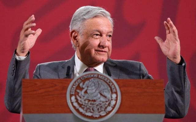 """""""En México no hay un periodismo profesional, independiente"""", afirma López Obrador - Foto de EFE"""