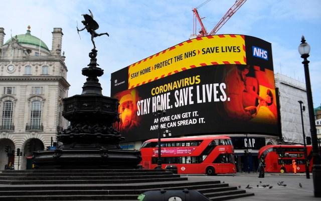 Reino Unido impone nuevo récord de muertes diarias por COVID-19 - Foto de EFE