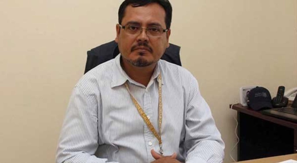 Destituyen a funcionario con COVID-19 que habría tosido a personal de Salud en Oaxaca - Foto de @yoshgawen