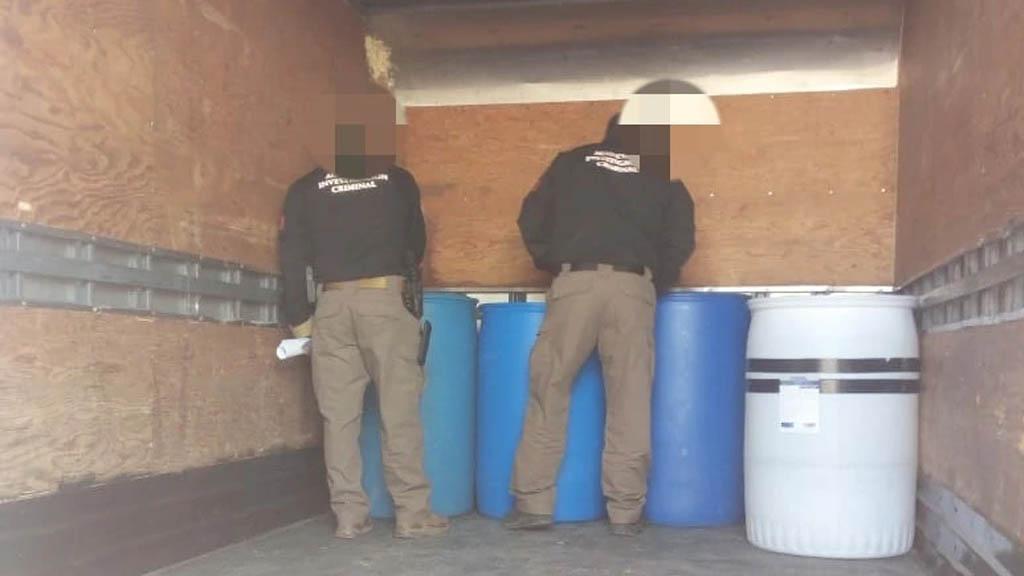 Recuperan camión robado con gel antibacterial en Tecámac - FGR gel antibacterial estado de México