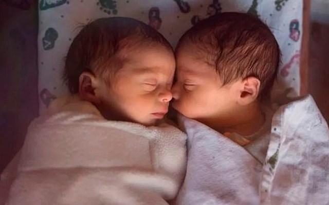 Nombran 'Covid' y 'Corona' a gemelos nacidos durante confinamiento en India - Gemelos India coronavirus COVID-19